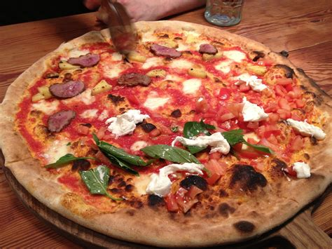 Garden Pizza Homeslice Covent Garden Pizza It S Rude To Stare