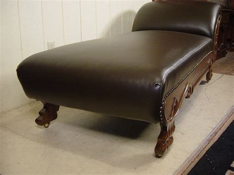what is a fainting couch oak fainting couch