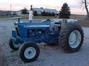 ford 4600 antique tractor