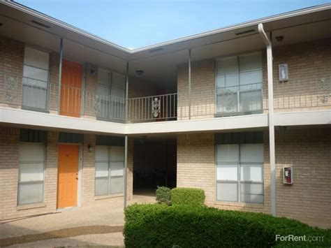 1 bedroom apartments in arlington tx vintage pads apartments arlington tx walk score