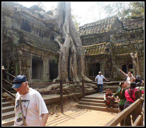 cambogia turisti per caso cambogia la natura ricopre viaggi vacanze e turismo