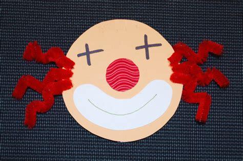 Bastelideen Zum Fasching by Clowns Basteln Kinderspiele Welt De