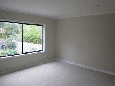 walls dulux limed white half trims dulux vivid white our internal paint colour will be the same beige royal