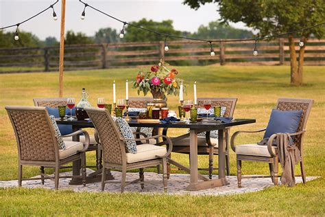 blue oak outdoor aims to reinvent the patio furniture