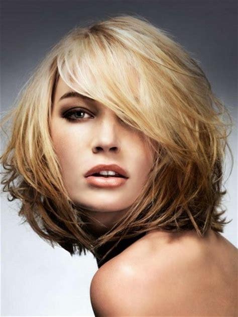 Modèle De Coiffure Cheveux Mi
