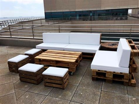 Sofa Made From Pallets by Diy Pallet Outdoor Sofa Ideas 99 Pallets
