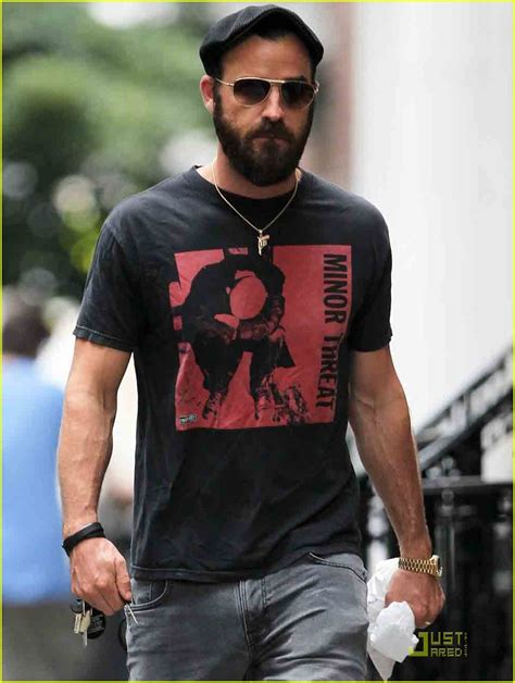 full sized photo of justin theroux nyc walk 05 photo
