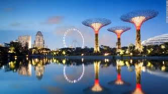 Landscape Structures Singapore Solar Powered Supertrees At Singapore S Gardens By The