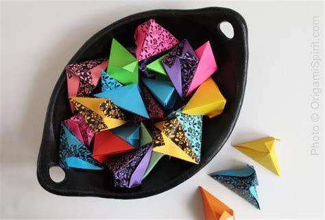 Origami Paper Pouch - how to make a fortune paper pouch an stylish origami