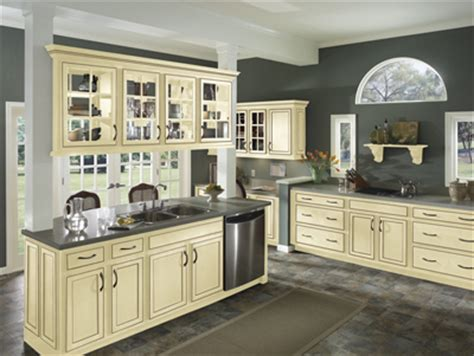 vanilla cream kitchen cabinets jdssupply com caruth by armstrong cabinets