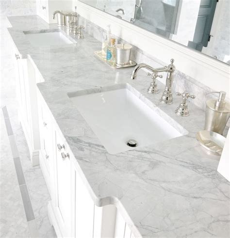 Backsplash And Countertop Combinations by Best 25 Carrara Marble Bathroom Ideas On Pinterest