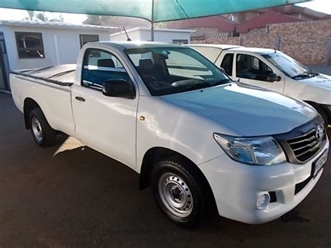 toyota automobile company used toyota hilux 2 0 vvti single cab for sale in gauteng