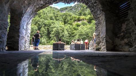 Bagni Di Craveggia by Ticino Weekend Bagni Di Craveggia Warmwasserquelle Im