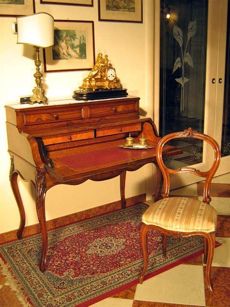 stile mobili antichi antiquariato e mobili in stile artigianali da 50 anni