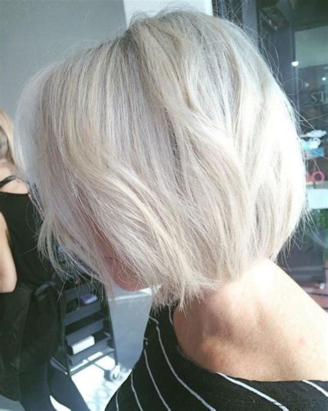 platinum hair over 40 21 stunning silver platinum hairstyle ideas for spring