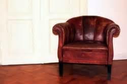 altes sofa reinigen ledersofas richtig reinigen und pflegen