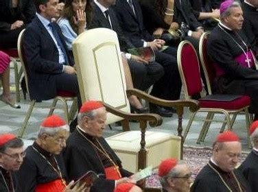 crisi della sedia vuota papa francesco e lo scandalo della poltrona vuota prima