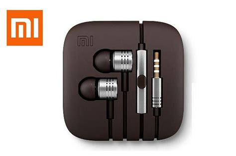 Headset Xiaomi Mi Piston Xiaomi Mi In Ear Piston Design Headset Now Available On Flipkart For Rs 999 Phonebunch