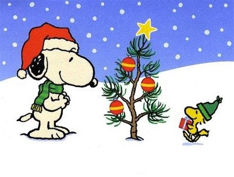 snoopy christmas tree snoopy pinterest