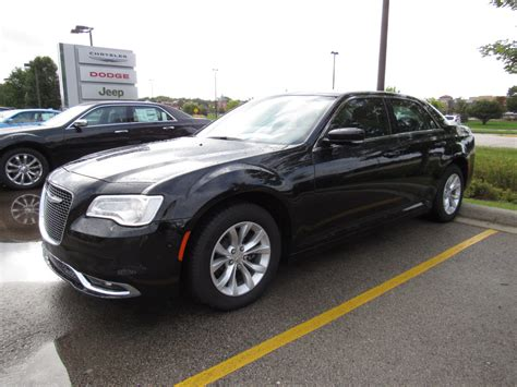 2015 chrysler 300 limited new 2015 chrysler 300 limited sedan in brookfield 60738