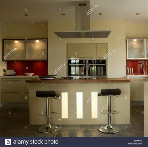 besf of ideas remodeling kitchen breakfast bar lighting
