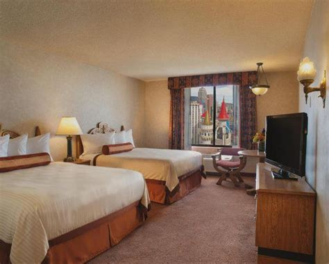 Excalibur King Tower Room by Excalibur Hotel Casino Las Vegas Nv United States
