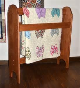 wooden quilt stands custom quilt display racks dwr