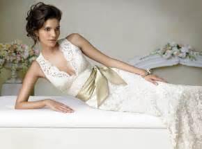 Ten best lace wedding dress designers