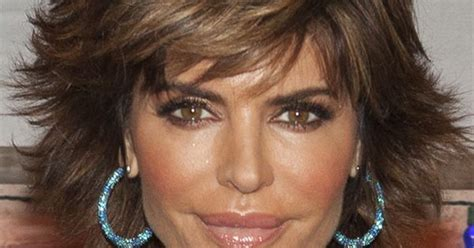 tips for cutting and styling lisa rinna hairstyle view hair styling tips for lisa rinna s hairstyles