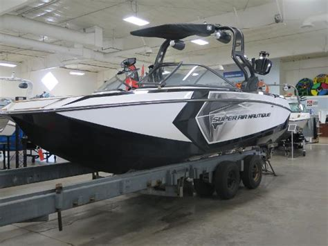 nautique boats reviews 2018 super air nautique gs24 review boats