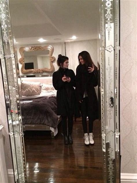 kylie jenners bedroom 25 best ideas about kendall jenner bedroom on pinterest