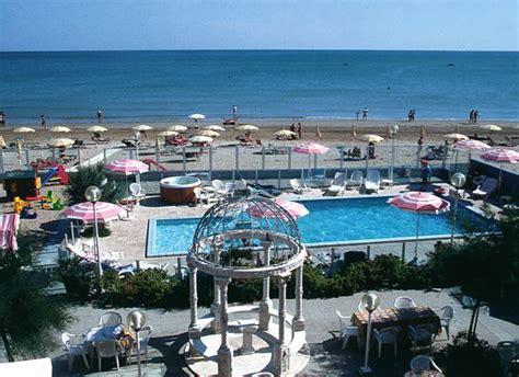 delle marche rimini hotel nelle marche turismo in riviera adriatica