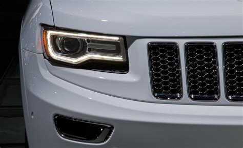 jeep grand cherokee lights car and driver