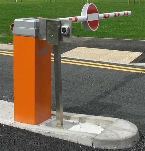 car barrier car park barrier with proximity reader and intercom automate systems
