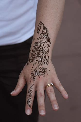 tattoos  hand  girls ksiqno