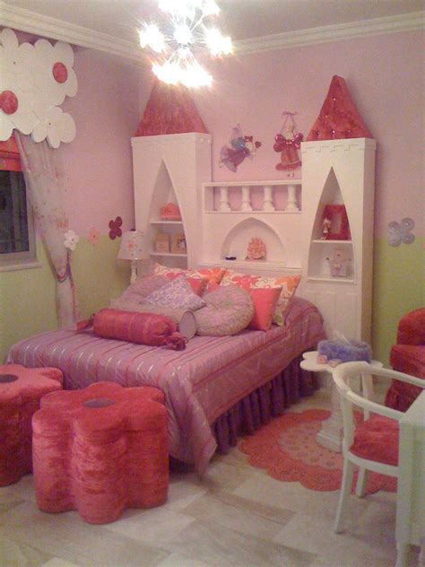castle headboard a castle bed wow pink and purple pinterest window
