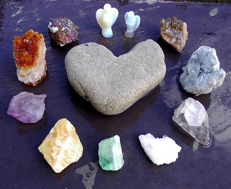 metaphysical properties of crystals and gemstones