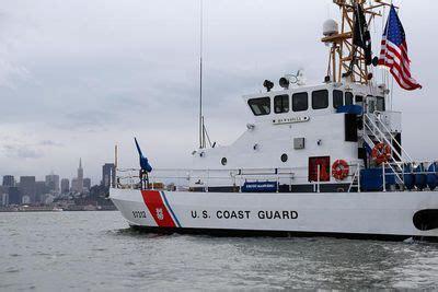 coast guard boat requirements coast guard requirements for sailboat equipment
