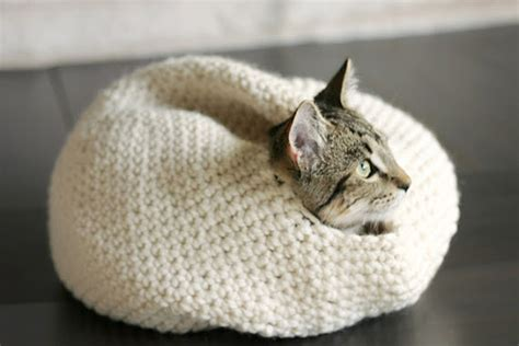 Collection Of Free Crochet Pattern Cat Nest Squareone For Free