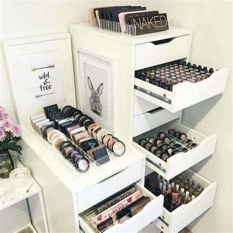 Bedroom Ideas For Makeup 25 Best Ideas About Makeup Organization On