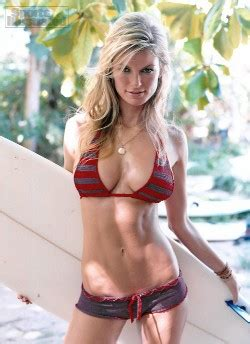 sports illustrated swimsuit in 3d with glasses