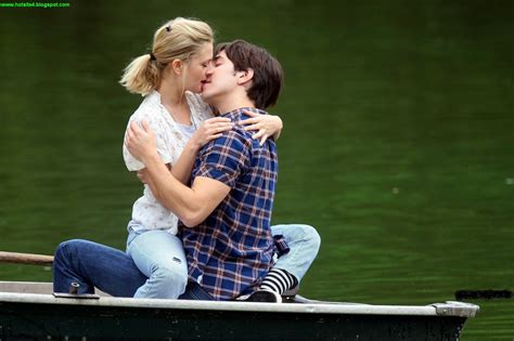couple wallpaper large size hot kissing couple hd 2014 wallpapers hot kiss full size