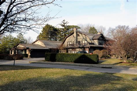 Warren Buffett House Omaha Nebraska In Photos Billionaire Houses Forbes
