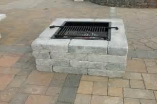 Building A Firepit In Your Backyard by Barbecue En Pierres Diy
