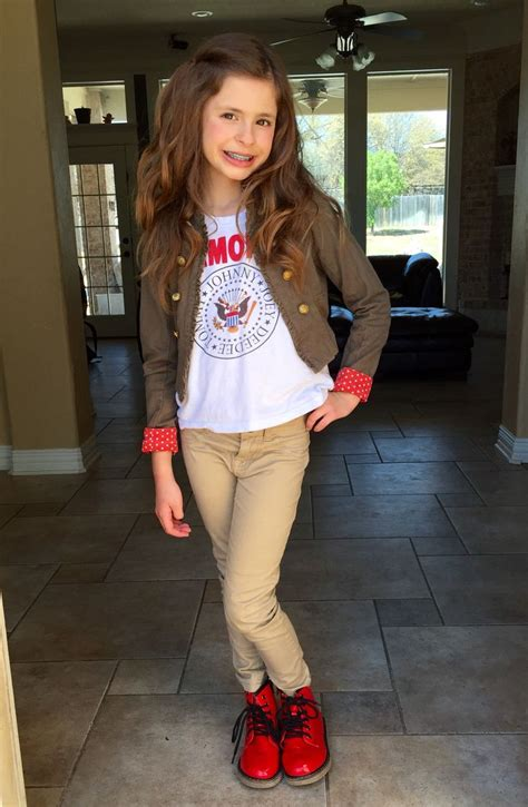hairstyles for girl vires tween model boots love her hair like this hair fashion