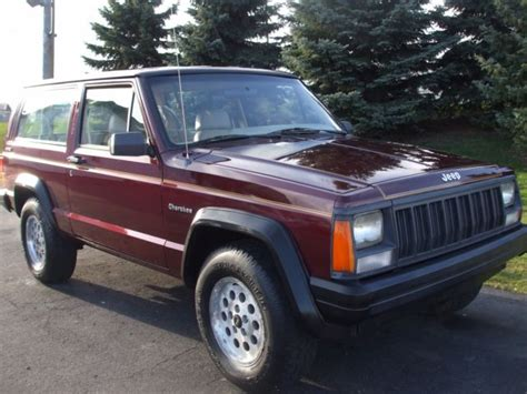 how can i learn about cars 1992 jeep cherokee spare parts catalogs 1992 jeep cherokee sport 2 door 4x4 classic 4 0 high output 6 cylinder 1 owner
