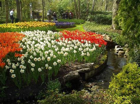 Nine Of The World S Most Fabulous Spring Gardens Bootsnall Best Flower Gardens In The World