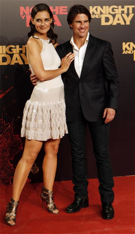 film tom cruise katie holmes tom cruise height weight body measurements celebrity stats