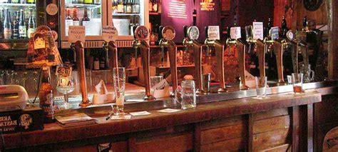 come arredare un pub sette idee per aprire un pub di successo
