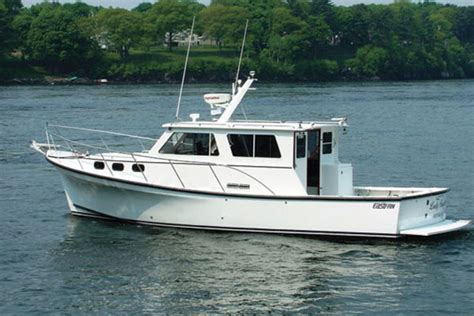 30 foot fishing boat cost 2017 boat buyer s guide on the water